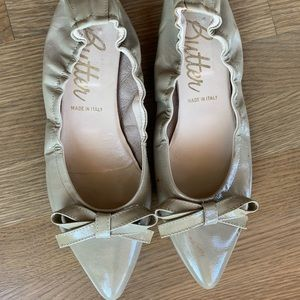 Butter Ballet Flats with bow accent